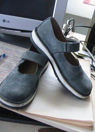 Отличные туфли 38р bronx замша кожа