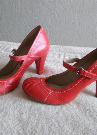 Кирпичные туфельки sole reviver for next