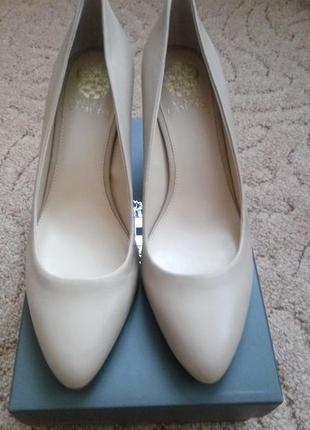 Туфлі vince camuto