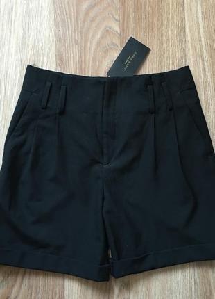 Черные шортики от zara ( ткань как пиджак )