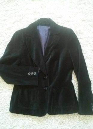 Бархатный черный пиджак