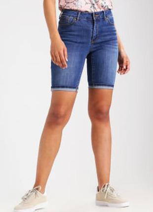 Классические джинсовые шорты dorothy perkins