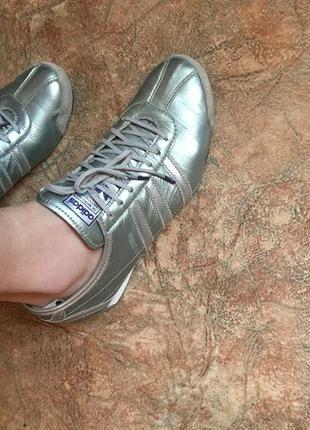 Кроссовки adidas original 37 нат кожа