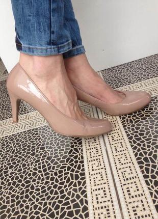 Нюдовые классические туфли marks& spendser