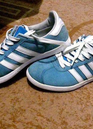 Женские кроссовки adidas gazelle sky blue