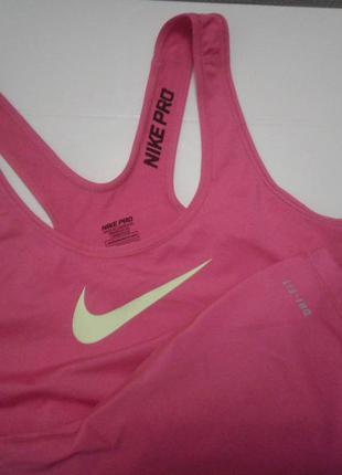 Nike dri-fit майка спортивная, размер s.  новая