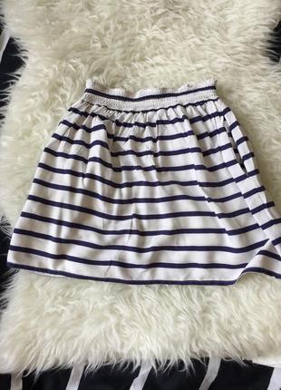 Актуальная юбка в полоску