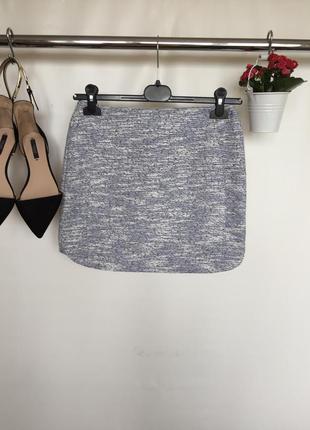 Поделиться: стильная меланжевая юбка на молнии сзади