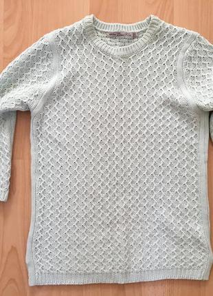 Нежно голубой свитер