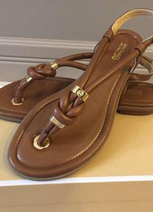 Продам сандалии michael kors