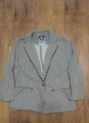 Очень классный пиджак zara