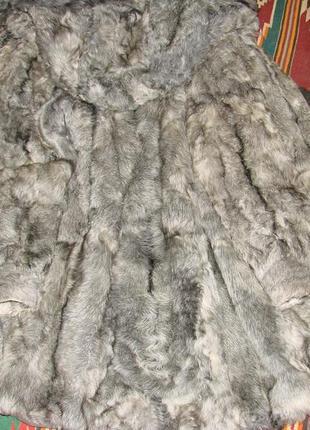 Шуба натуральная из козы.светло-серая с голубизной. 54-56р.