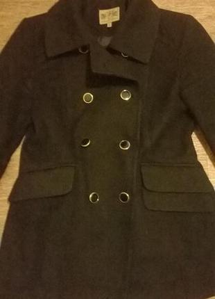 Отличное пальто daniele patrici