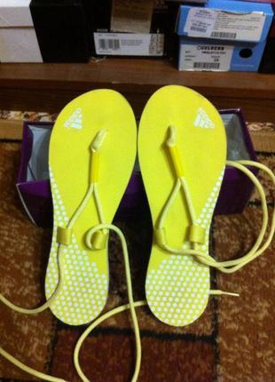 Суперские сандали adidas