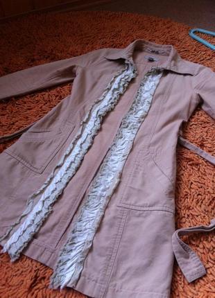 Весенне пальто mango