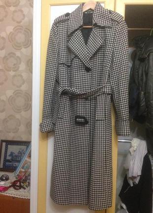 Продам пальто состояние нового размер 50-52