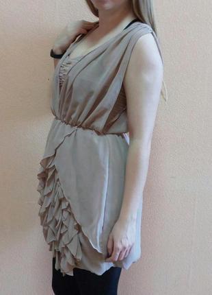 Бежевое белое короткое платье цена