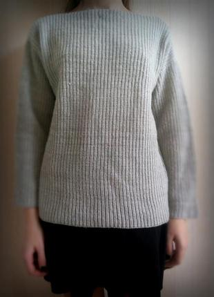 Теплый серый свитер из atmosphere