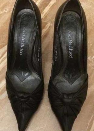 Классические туфли-лодочки