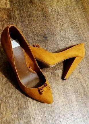 Новые туфли pull&bear