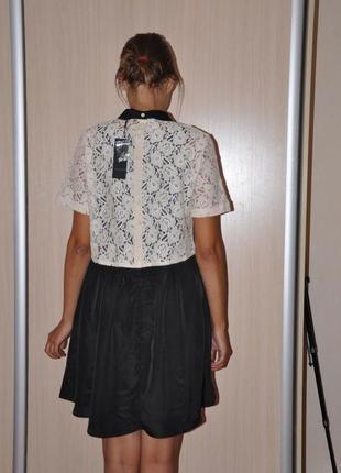 Стильное черно белое платье