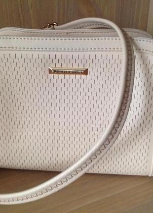 Daniele patrici сумка маленькая через плечо цвет пудра