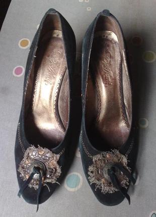 Натуральные замшевые туфли epiffani, france, с металлическим каблуком 8 см