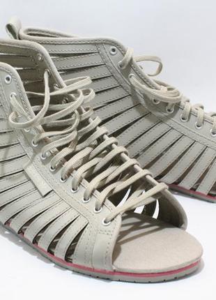 Босоножки adidas размер 37 стелька 24см.