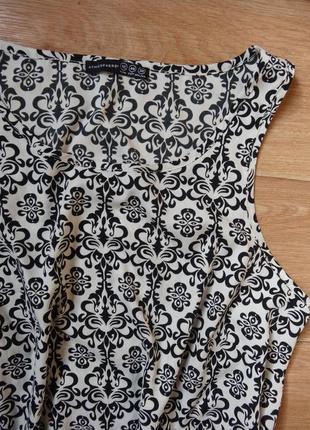 Снизила цену стильная модная блузка- майка красивого принта м - размера