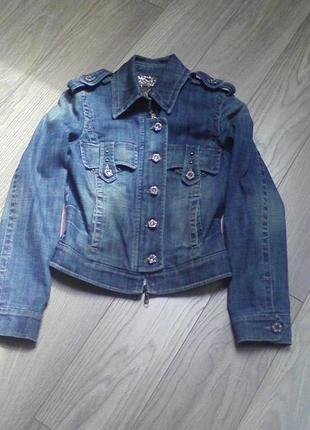 Супер модная джинсовая куртка