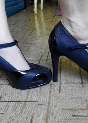 Классные новые туфли body flirt стелька 25см