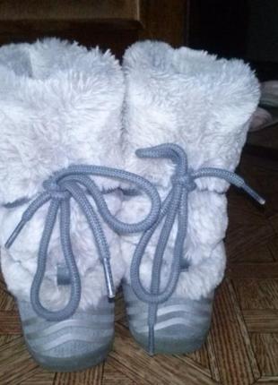 Спортивні зимові чобітки