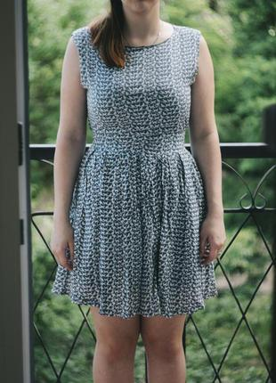 Платье с кошечками