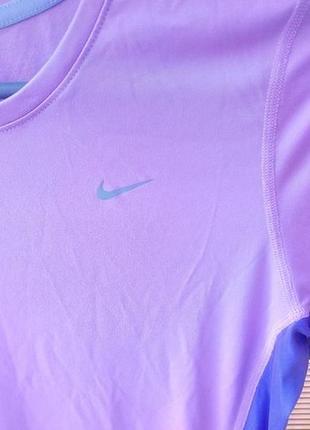 Спортивная футболка nike,оригинальная