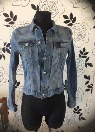 Джинсовая куртка курточка