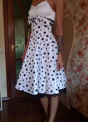 Прекрасне нарядне плаття від відомого дизайнера оксани мухи