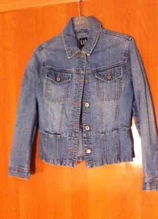 Джинсовая куртка gap размер s/m