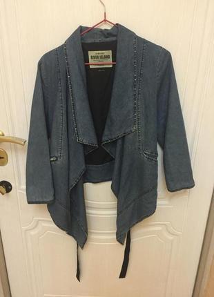 Ассиметричная джинсовая куртка