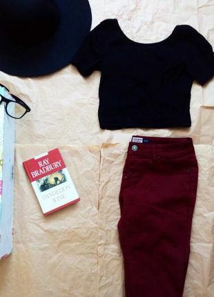 Бордовые джинсы pull&bear