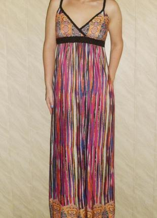 Красивое длинное платье  stella