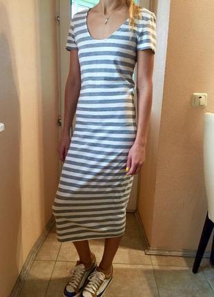 Платье-макси в полоску