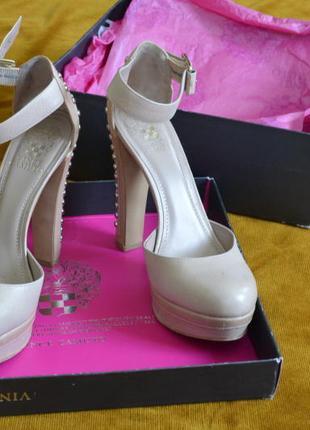 Стильные туфли от vince camuto