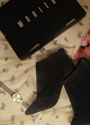 Туфли,босоножки,полуботинки от reserved