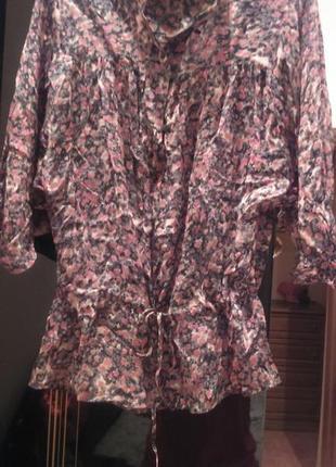 Летняя блуза в цветочный принт от zara