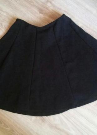 Черная юбка от pull&bear