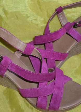 Кожаные босоножки, сандалии m&s  35-36 (23 см) италия