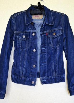 Крутой джинсовый пиджачек фирмы levis
