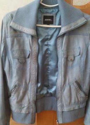 Натуральная кожа куртка голубая