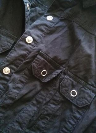 Длинная черная рубашка