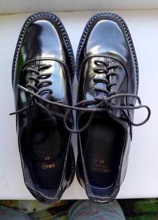 Стильные туфли в мужском стиле от манго